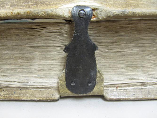 buchrestaurierung buch sixl kunstbuchbinderei renovierung schließen